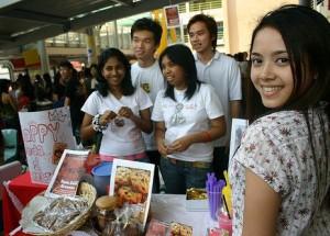 entrepreneur-at-her-stall
